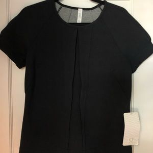 Lululemon size 6 black shirt new with tags!
